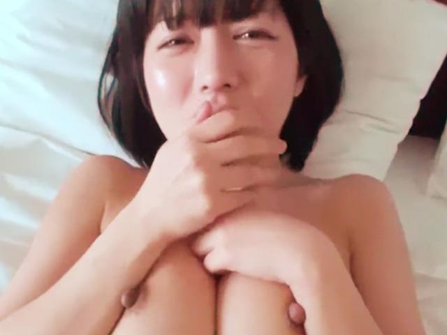 [人妻ナンパ]平手友梨奈似の色白美人歯科助手を出会い系でナンパして即ハメ撮りに成功!