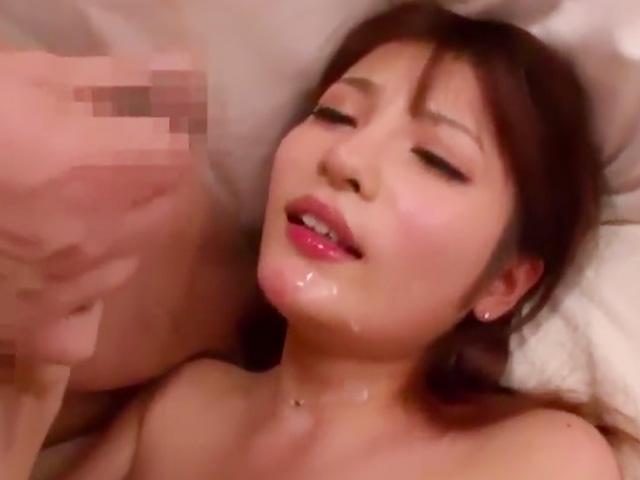 [巨乳]90cmの美爆乳スタイル抜群!モデル系美人OLの淫らなセックス動画