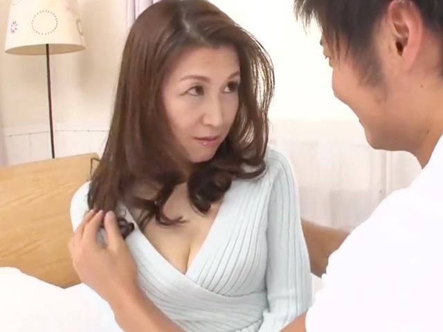 [熟女ナンパ]五十路のセレブ妻が不倫セックスで発情!若い男の他人棒でめちゃくちゃにイカされ悶絶絶頂!